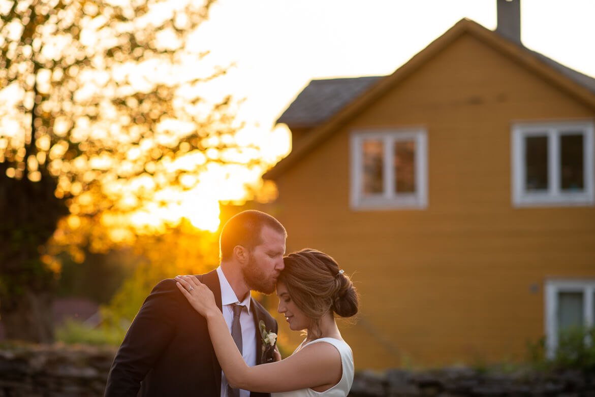 Wedding travel photography outside at sunset